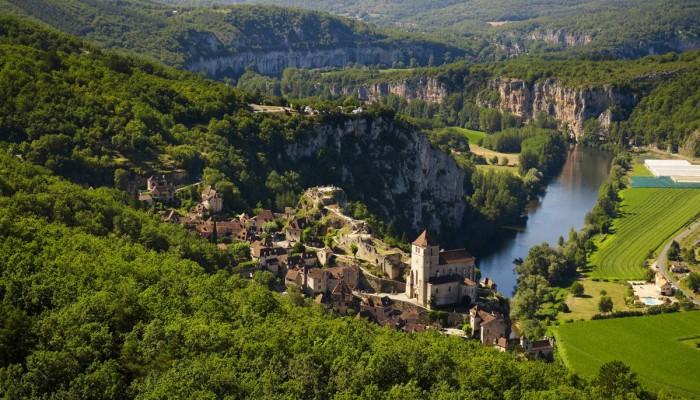01_saint_cirq_vu_den_haut_c_lot_tourisme_-_crt_midi-pyrenees_d._viet_-001